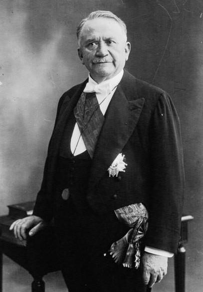 Gaston Dourmergue