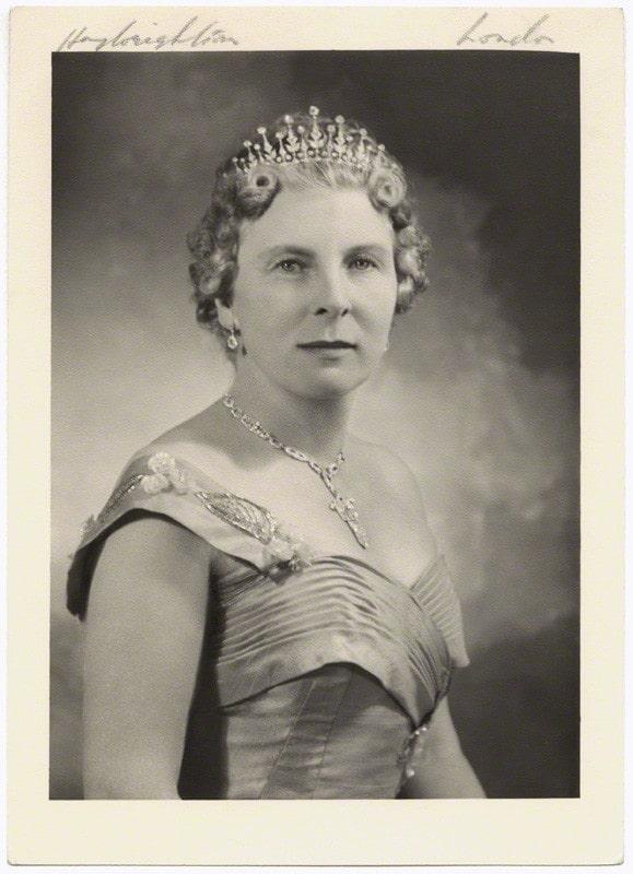 Lady May Abel Smith (Aquarius)