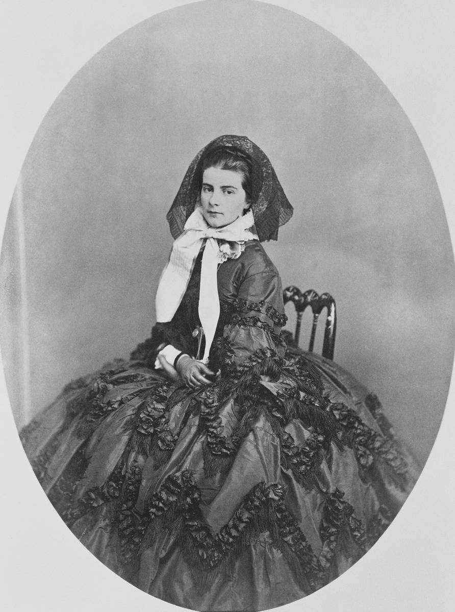 Maria Sophie of Bavaria (Libra)