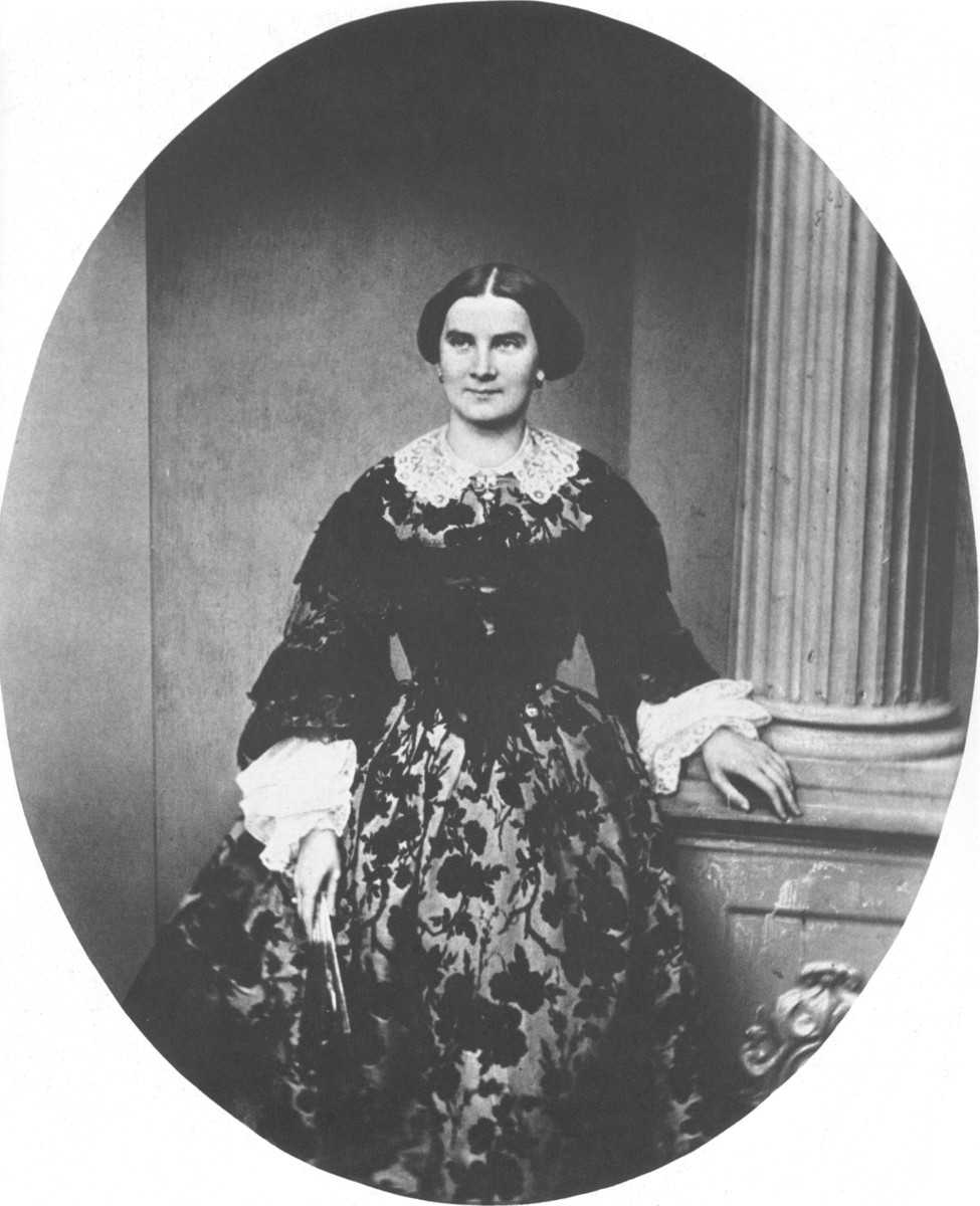Queen Consort of Bavaria Marie (Libra)